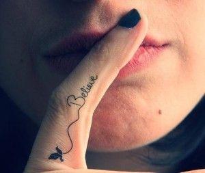 Hình tattoo ngón tay