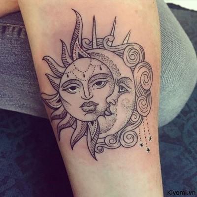 Tattoo hình mặt trời