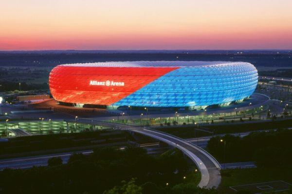 Sân vận động lớn nhất châu Âu - Allianz Arena