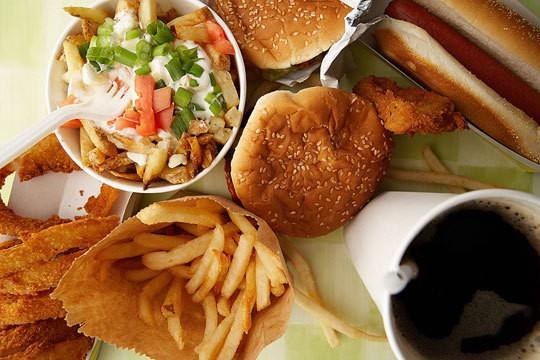 Ăn sáng với thức ăn nhanh