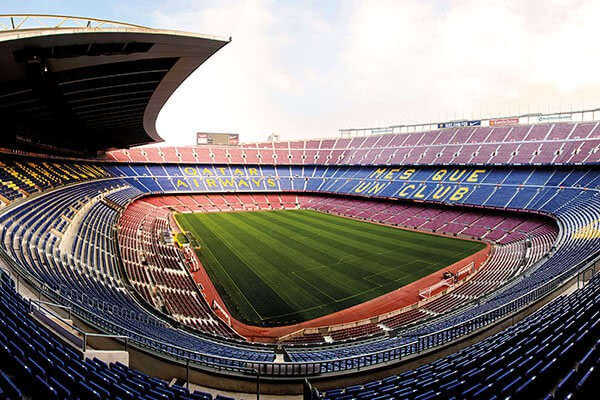 Sân vận động lớn nhất châu Âu - Camp Nou