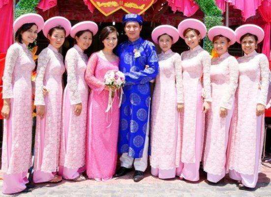 dịch vụ cho thuê áo dài tại TPHCM
