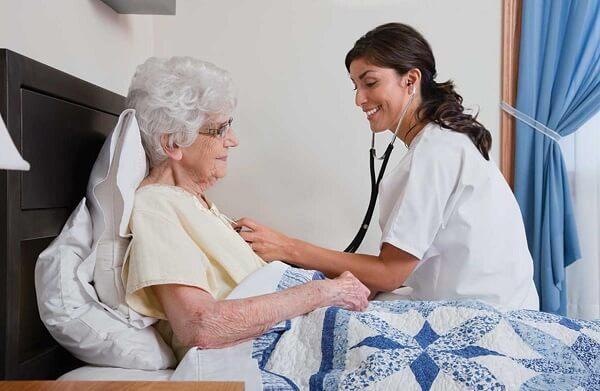 Top 10 dịch vụ y tế tại nhà uy tín đảm bảo tại TPHCM
