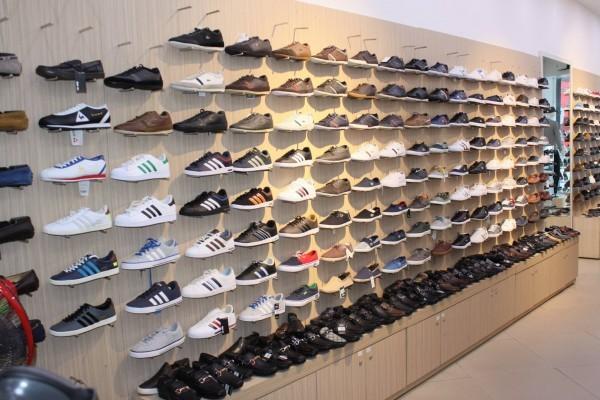 Shop giày Sneaker tại TPHCM
