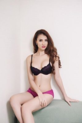 Người mẫu nội y nóng bỏng ở Việt Nam