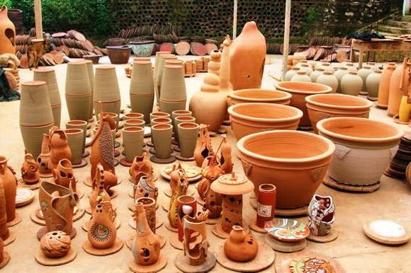 Đồ gốm của làng nghề gốm Bát Tràng