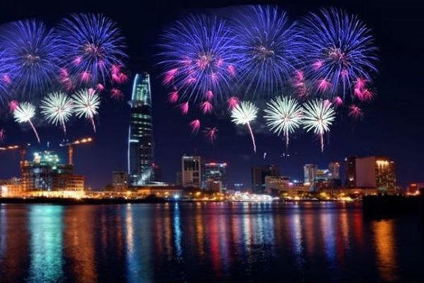 Top 10 địa điểm xem bắn pháo hoa 2017 tại TPHCM có tầm nhìn đẹp nhất