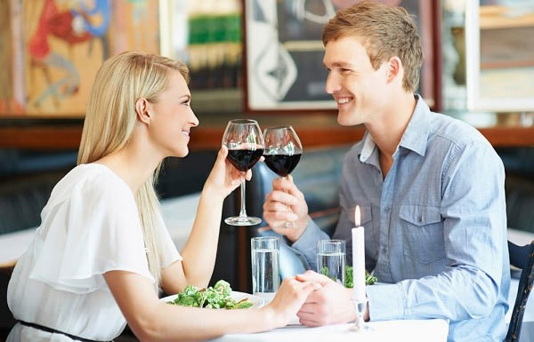 buổi hẹn hò đầu tiên