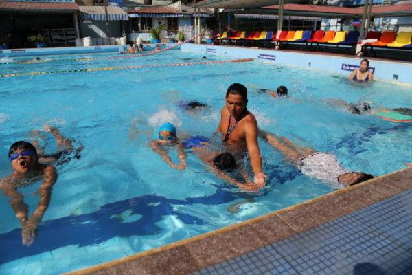 địa điểm học bơi ở Hà Nội