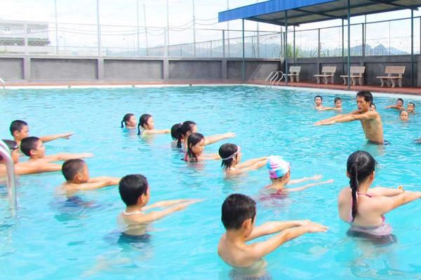 Địa điểm học bơi ở TPHCM