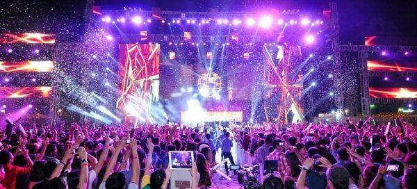 Đại nhạc hội countdown party 2017 tại Phú Mỹ Hưng- Quận 7 TPHCM