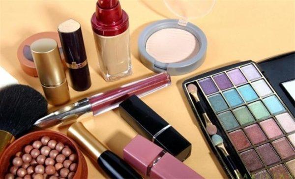 lỗi phái nữ cần tránh khi mua mỹ phẩm