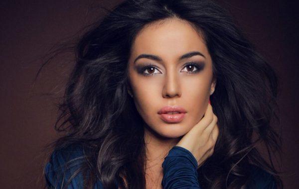 Varda hiện là một nữ vũ công xinh đẹp rất nổi tiếng và thành công.
