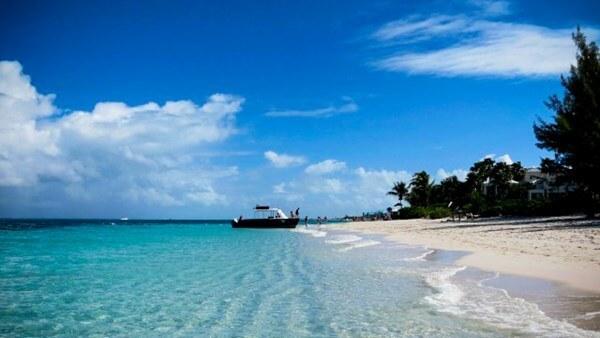 Bãi biển Grace Bay