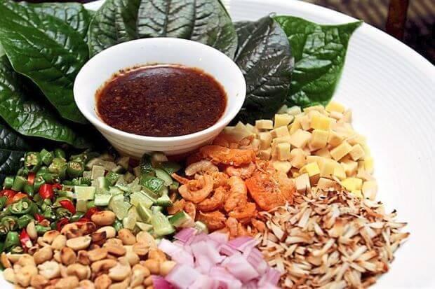 Món ngon Miang Kham