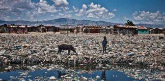 Haiti là nước nghèo nhất châu Mỹ với tốc độ tăng trưởng kinh tế chậm chạp