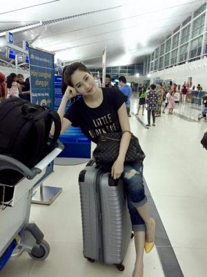 kiểu mẫu thời trang sân bay