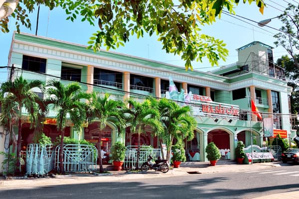Khách sạn Hùng Vương Bến Tre