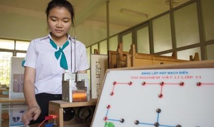 Nữ sinh trường huyện sáng chế phanh điện từ