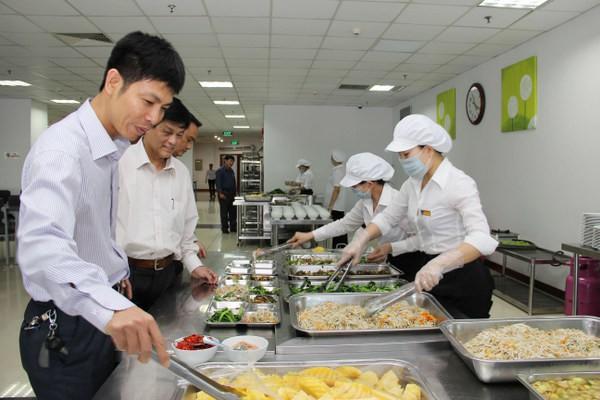công ty cung cấp suất ăn công nghiệp chất lượng tại TPHCM