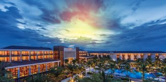Sunrise Premium Resort Hội An là một trong những khách sạn nổi tiếng nhất Hội An