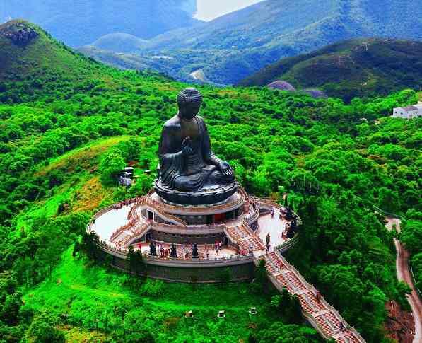 Tượng Đại Phật Thiên Tân đồ sộ nằm ở Hong Kong
