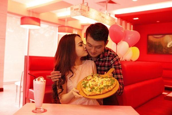 cách ghi nhớ dấu ấn tình yêu của các cặp đôi ngày lễ Valentine