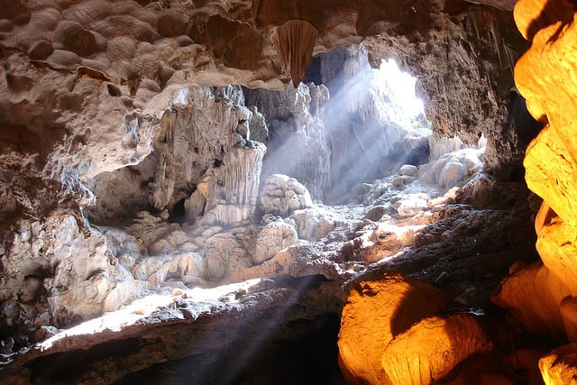địa điểm du lịch nổi tiếng tại Ninh Bình