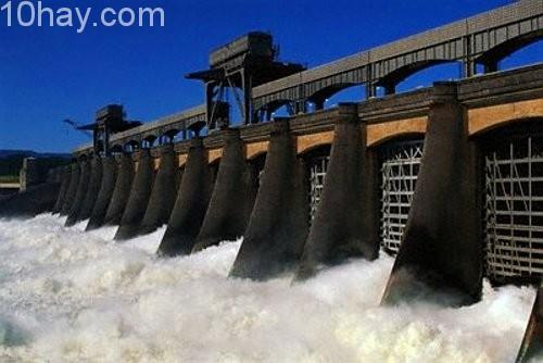 Nhà máy thủy điện lớn nhất thế giới Tucurui, Brazil