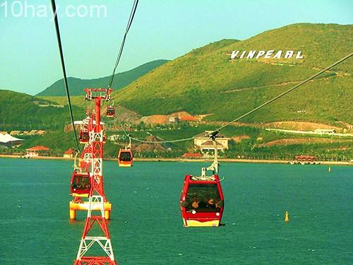 Tuyến cáp treo Vinpearl Land- Nha Trang