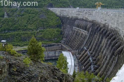 Nhà máy thuỷ điện Krasnoyarsk