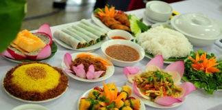 cửa hàng bán thực phẩm chay tại Hà Nội